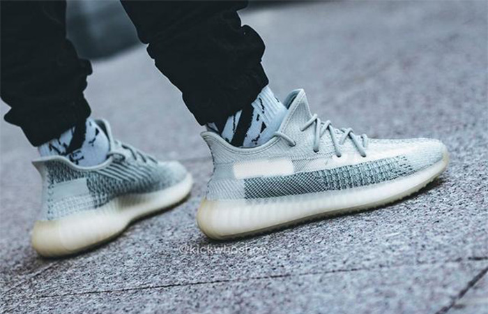 Yeezy Boost 350 V2 Cloud White FW3043 on foot 03