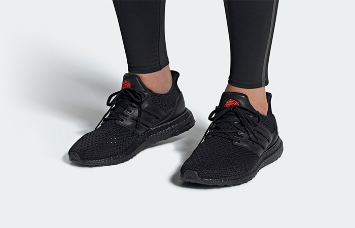 adidas Ultra Boost Manchester Rose EG8088 on foot 01