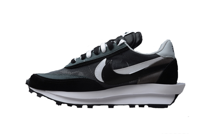 sacai Nike LDV Waffle Black 01
