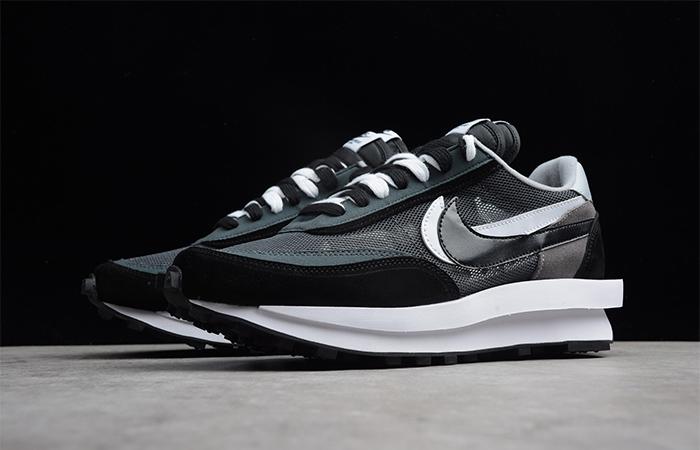 sacai Nike LDV Waffle Black 02