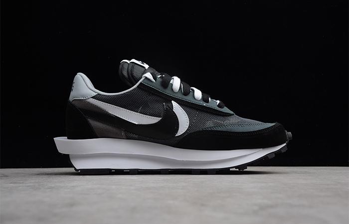 sacai Nike LDV Waffle Black 03