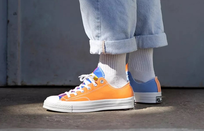 Chinatown Market Converse Chuck 70 Low 166599C on foot 02