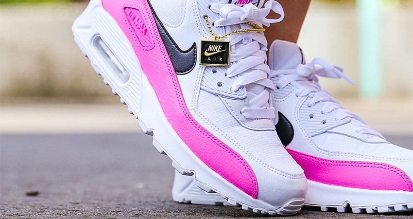 Here You Will Found A Nike Logo Pendant With The Upcoming Air Max 90 China Rose