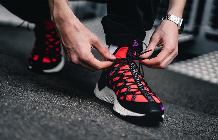 Nike ACG React Terra Gobe Bright Crimson BV6344-600 on foot 02