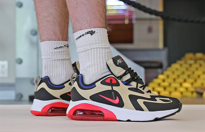 https://fastsole.co.uk/wp-content/uploads/2019/08/Nike-Air-Max-200-Gold-Red-AQ2568-700-on-foot-01.jpg