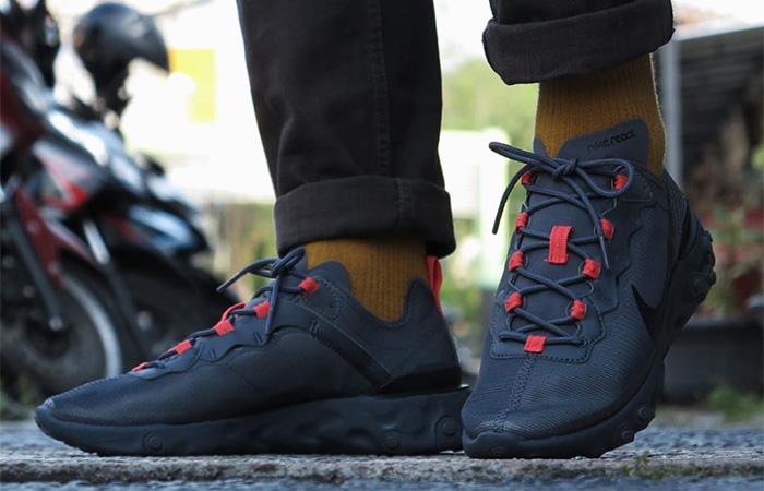 Nike React Element 55 Black Grey CQ4809-001 on foot 01