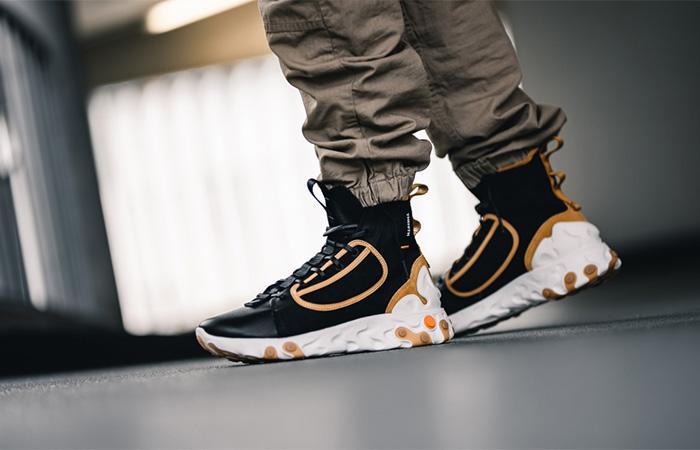 Nike React Ianga Black Brown AV5555-001 on foot 01