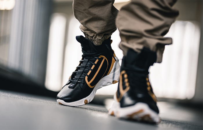 Nike React Ianga Black Brown AV5555-001 on foot 02