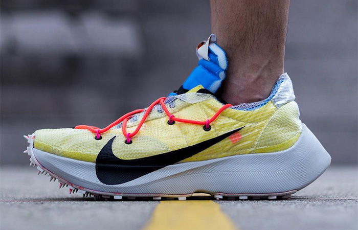 Off-White Nike Vapor Street Tour Yellow CD8178-700 on foot 01