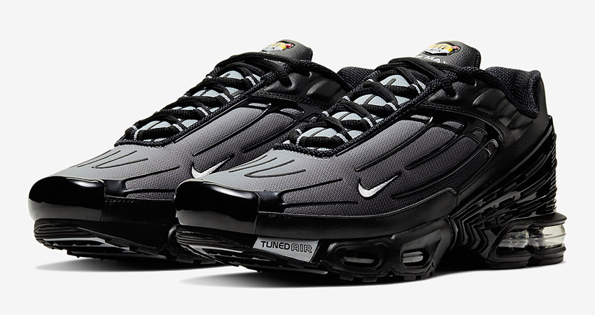 Official Images Leaked For The Nike Air Max Plus III OG 01