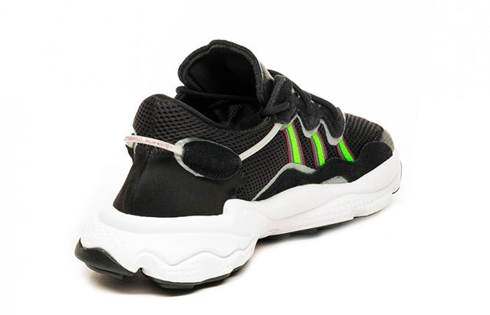 adidas Ozweego Black EE7002