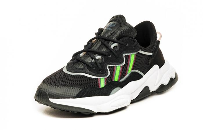 adidas Ozweego Black Green EE7002 02