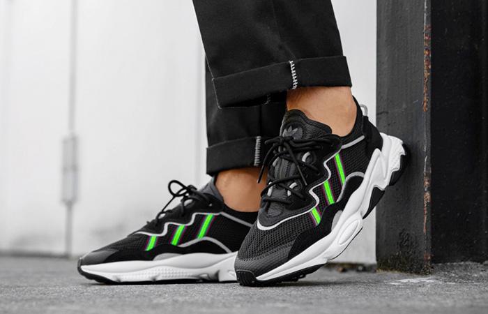 adidas Ozweego Black Green EE7002 on foot 02
