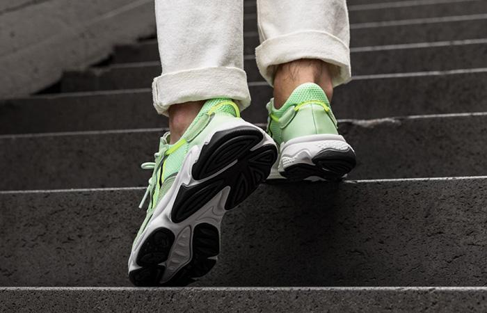 adidas Ozweego Glow Green EE6466 on foot 03