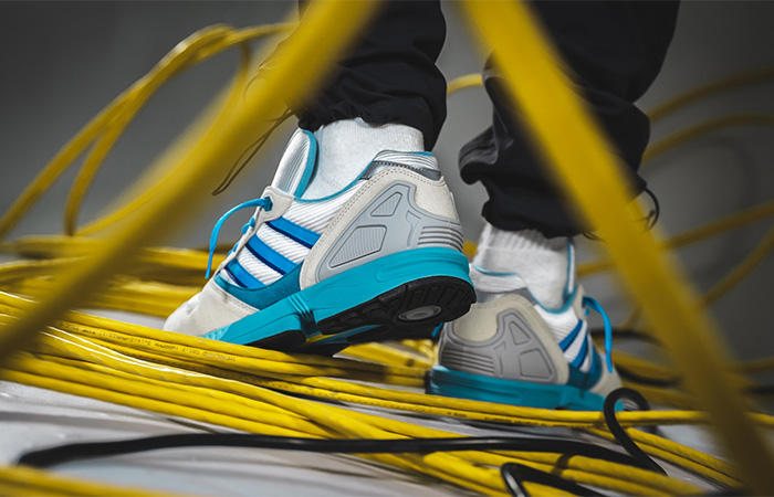 adidas ZX 5000 30 Years Of Torsion Blue white FU8406 on foot 02