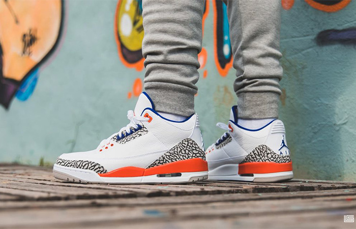 Air Jordan 3 Knicks White 136064-148 on foot 03