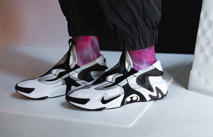 An On Foot Look At The Nike Adapt Huarache Black White ft
