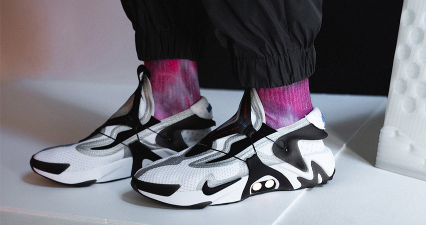 An On Foot Look At The Nike Adapt Huarache Black White