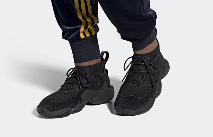 BED J.W. FORD adidas Crazy BYW Black EF3836 on foot 01