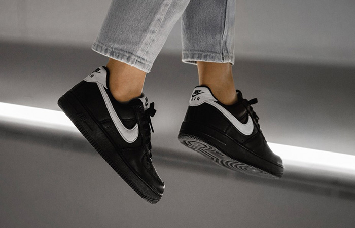 Nike Air Force 1 Retro Low QS Black CQ0492-001 on foot 02