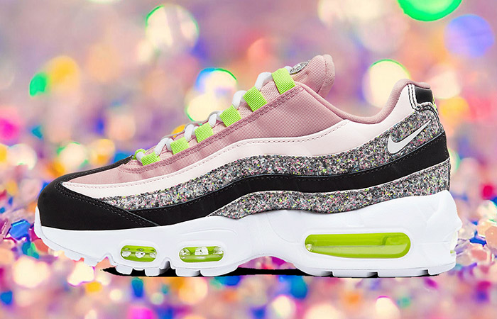 Nike Air Max 95 Womens Coming With A Glittery Look ft