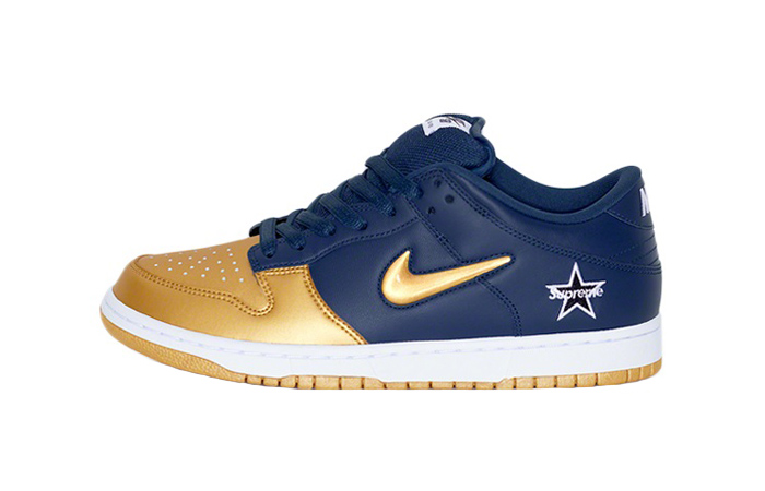 Supreme Nike SB Dunk Low Navy Metallic Gold CK3480-700 01