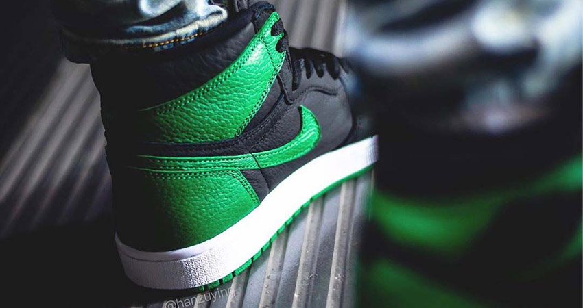 First On Foot Look At The Air Jordan 1 High Pine Green' 02