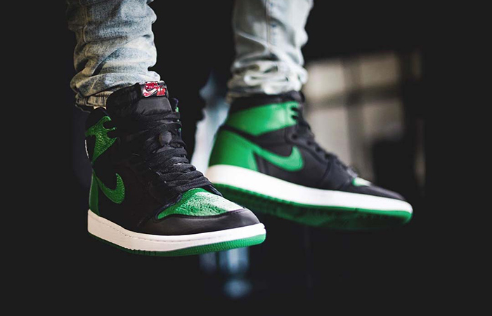 First On Foot Look At The Air Jordan 1 High Pine Green' ft