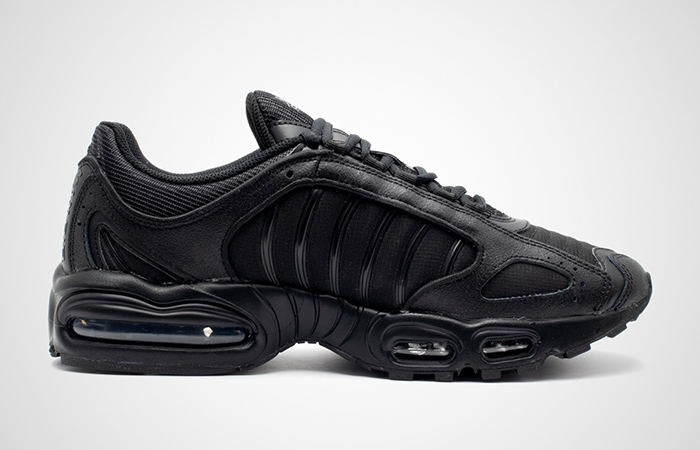 Nike Air Max Tailwind 4 Triple Black AQ2567-005 03