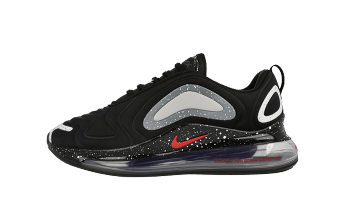 UNDERCOVER Nike Air Max 720 Black CN2408-001 01