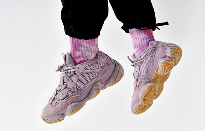 adidas Yeezy 500 Soft Vision FW2656 on foot 01