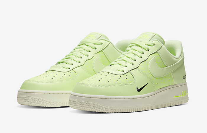 nike neon green air force