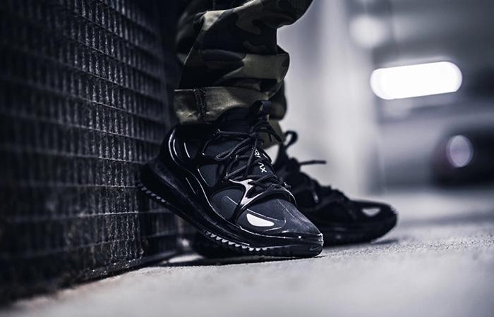 Nike Air Max 720 Horizon Core Black BQ5808-002 on foot 01
