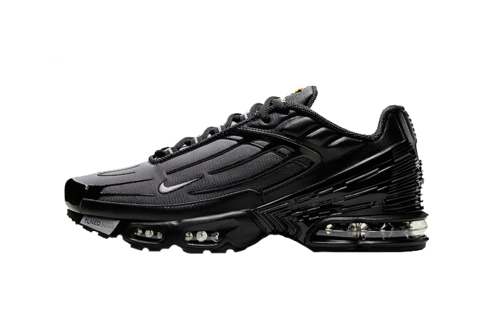 Nike Air Max Plus 3 Black CJ9684-002 01