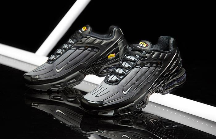 Nike Air Max Plus 3 Black CJ9684-002 02