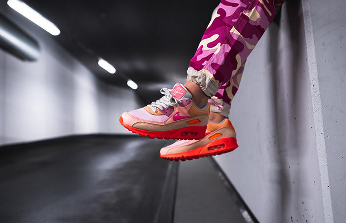 Nike Womens Air Max 90 Pink Shade CT3449-600 on foot 01