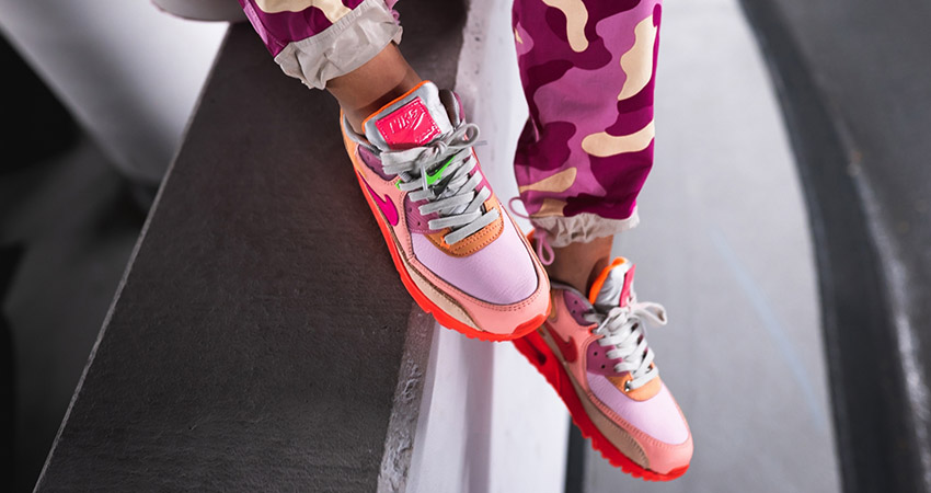 On Foot Look At The Upcoming Nike Womens Air Max 90 Pink Shade 01