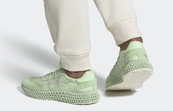 adidas I-4D Mint EE7996 on foot 01