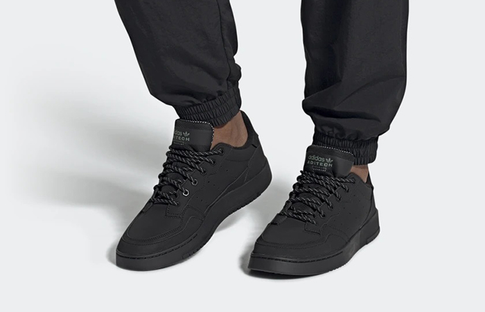 adidas Supercourt Core Black FV4658 on foot 01