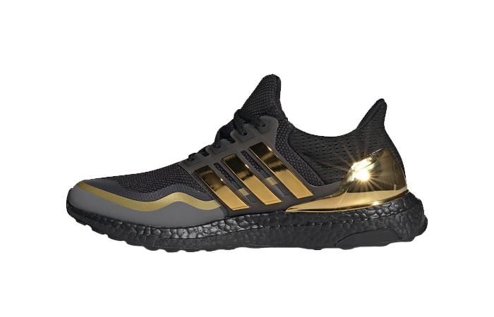 adidas Ultra Boost 2019 Black Gold EG8102 01