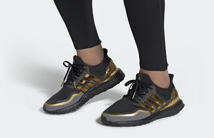 adidas Ultra Boost 2019 Black Gold