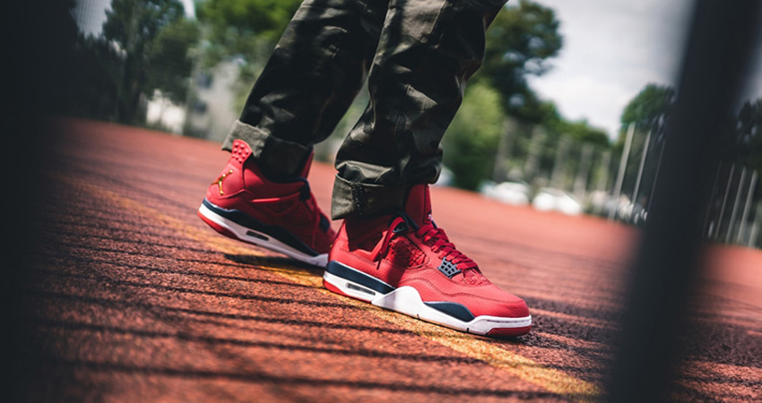 10 Hit Sneakers You Must Check Of END SALE!! 08
