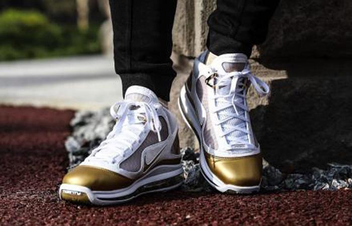 Nike LeBron 7 Gold White CU5646-100 on foot 02