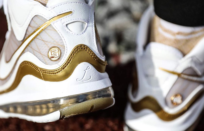 Nike LeBron 7 Gold White CU5646-100 on foot 03