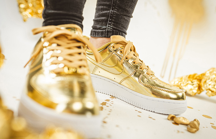 Nike Womens Air Force 1 SP Metallic Gold