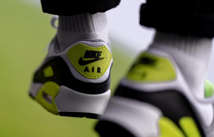 Nike Womens Air Max 90 Yellow Grey CD0881-103 on foot 03