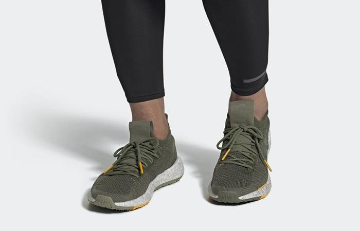 adidas PulseBoost HD Raw Gold EG2661 on foot 01