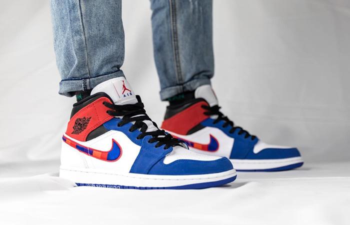 Nike Air Jordan 1 Mid Blue Red 852542-146 on foot 01
