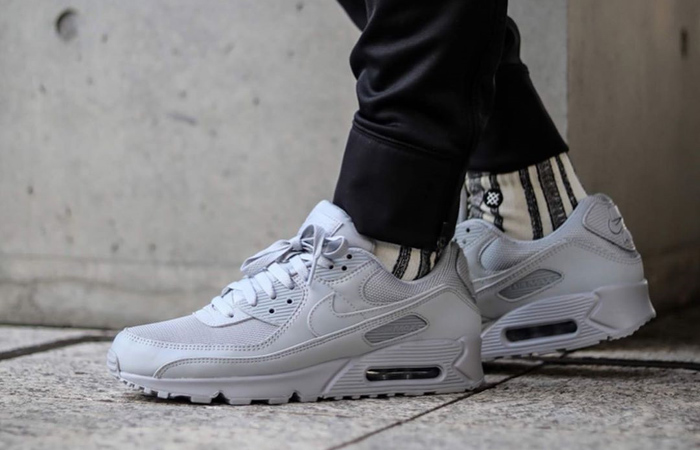 Nike Air Max 90 Clear White CN8490-100 on foot 01