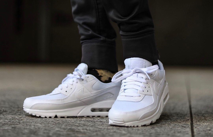 Nike Air Max 90 Clear White CN8490-100 on foot 02